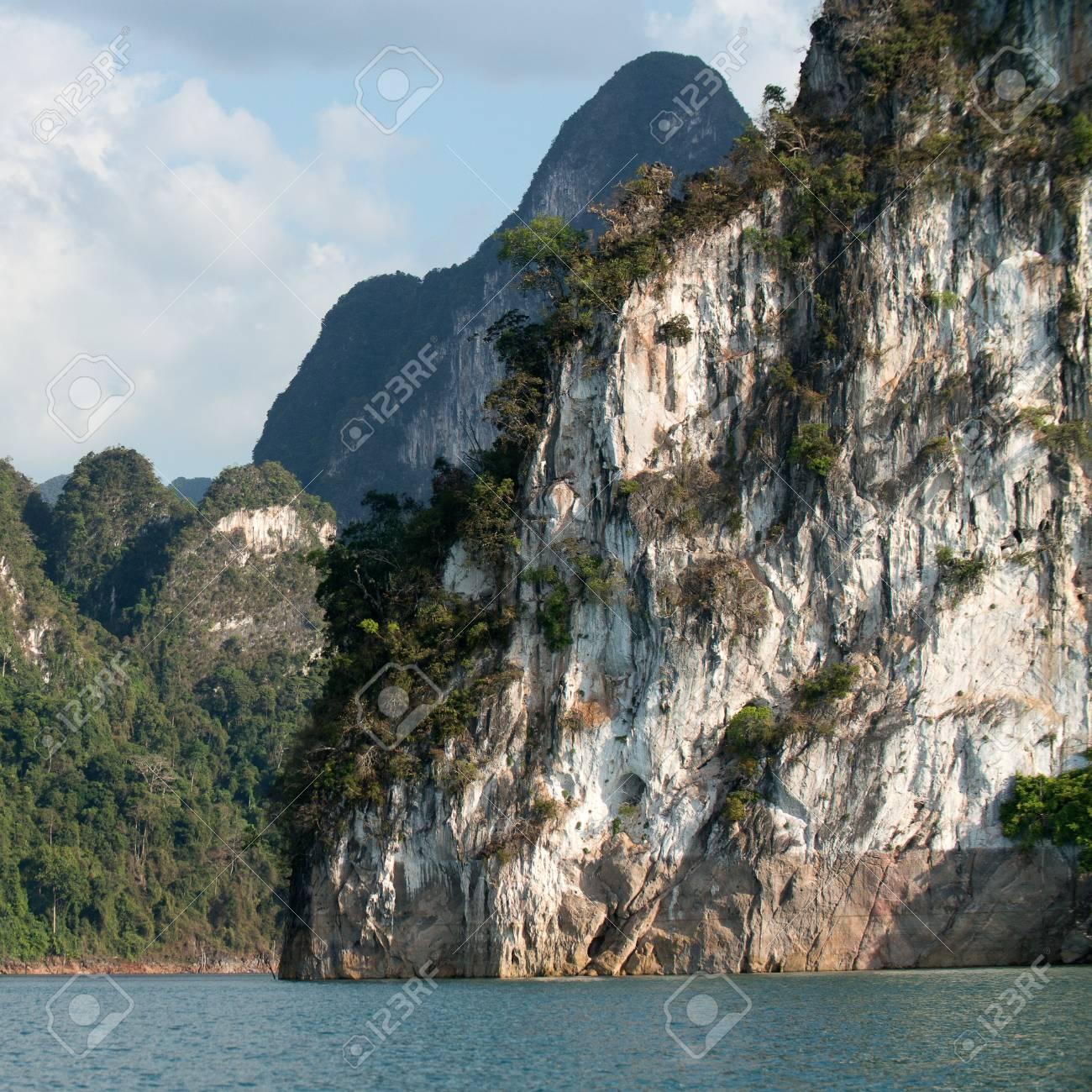 Chiao Lan Lake at Khao Sok National Park, Thailand Stock Photo - 18644163