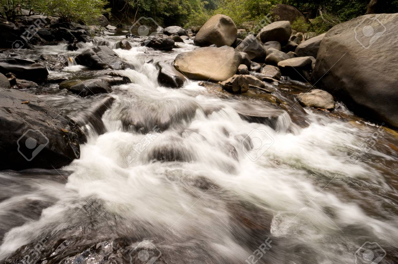 Wing Hin Waterfall at Khao Sok National Park, Thailand Stock Photo - 18647417