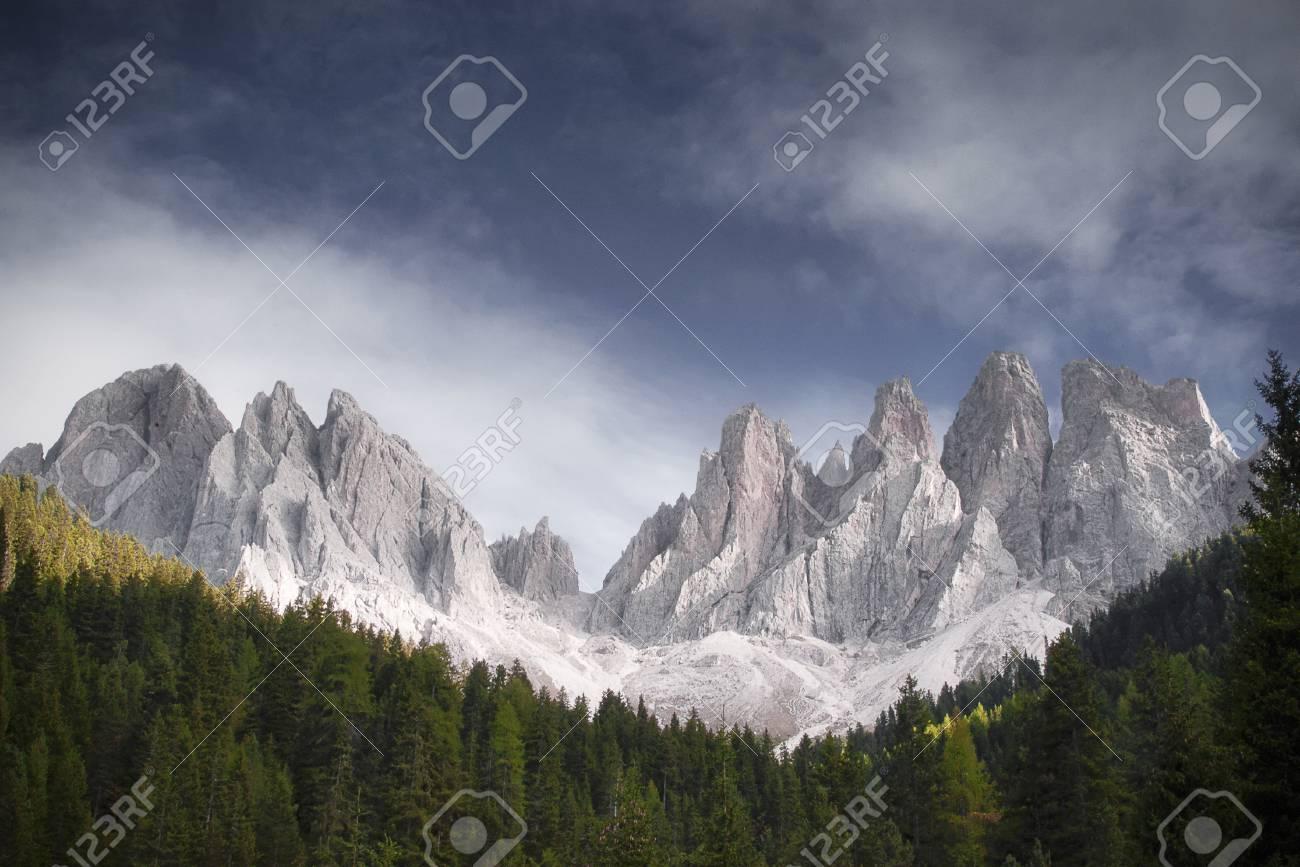 Geissler-Group - Südtiroler Alpen Standard-Bild - 26047735