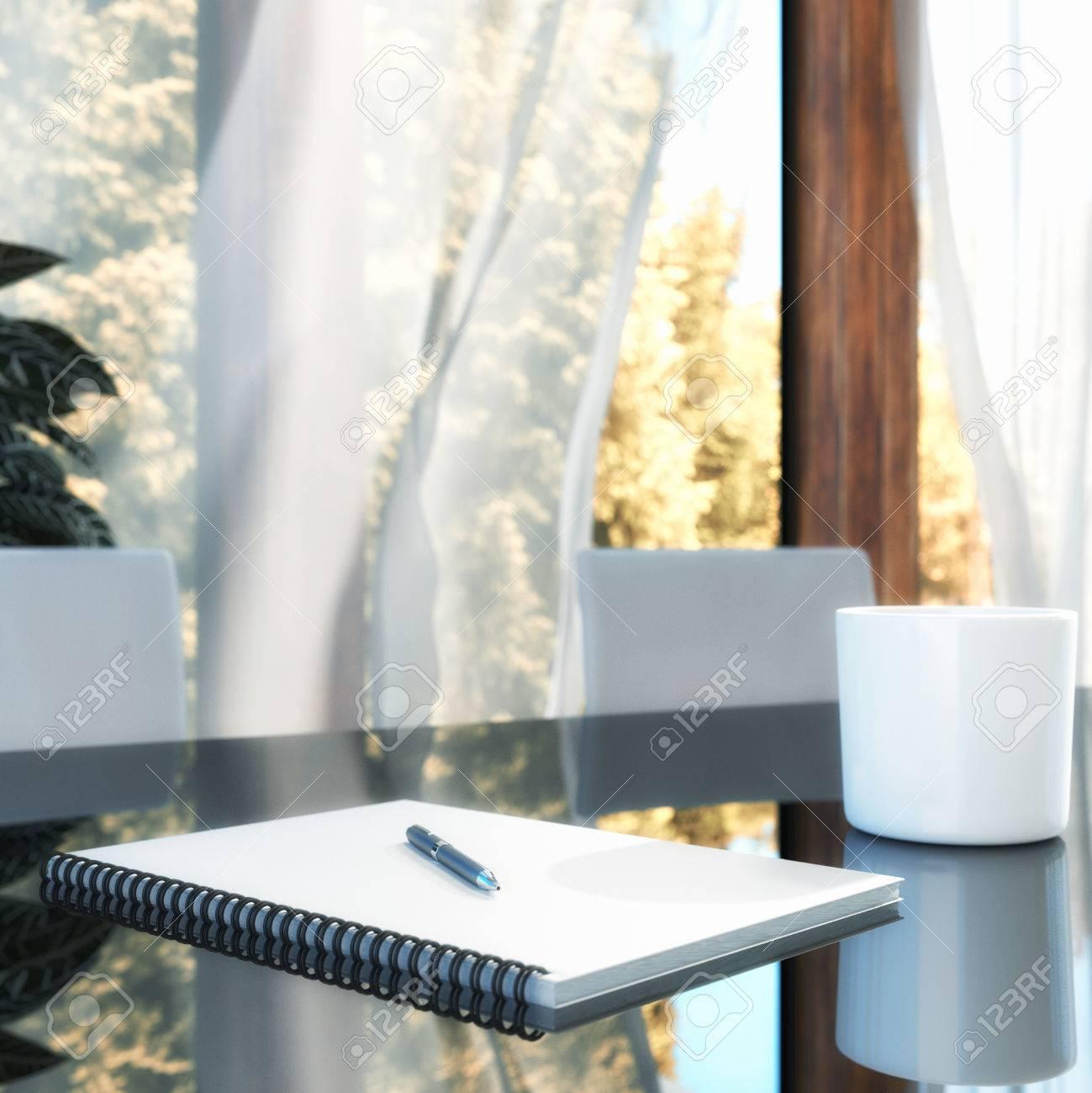 Weiß Notizblock auf einem Tisch Standard-Bild - 29945660