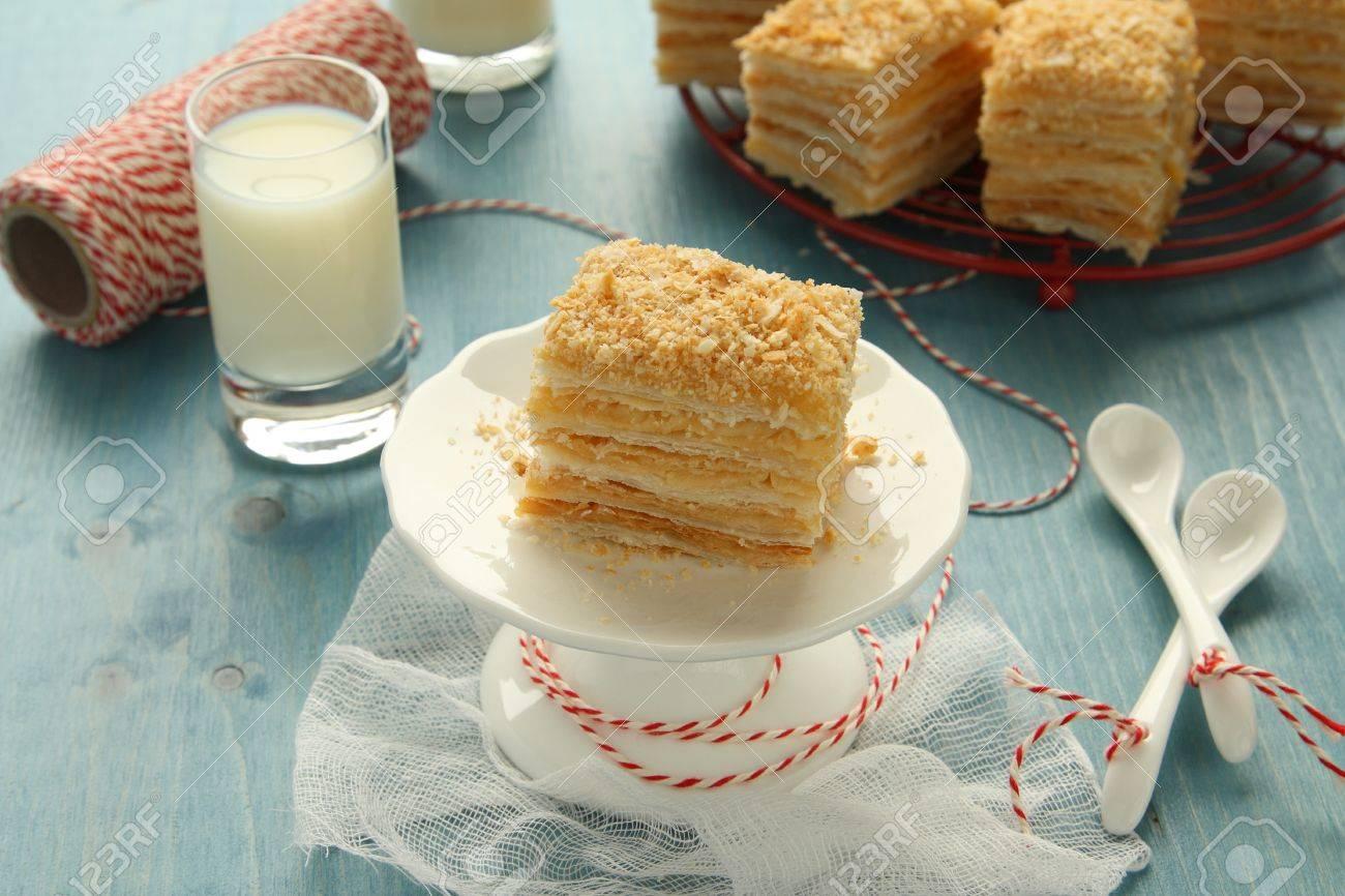Napoleon Kuchen Schichtkuchen Aus Blatterteig Mit Vanillecreme
