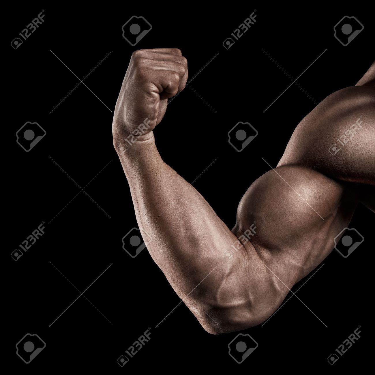 1e9e5eafdaa8a1 電源フィットネス man39s 手のクローズ アップ。筋肉と上腕二頭筋と強い