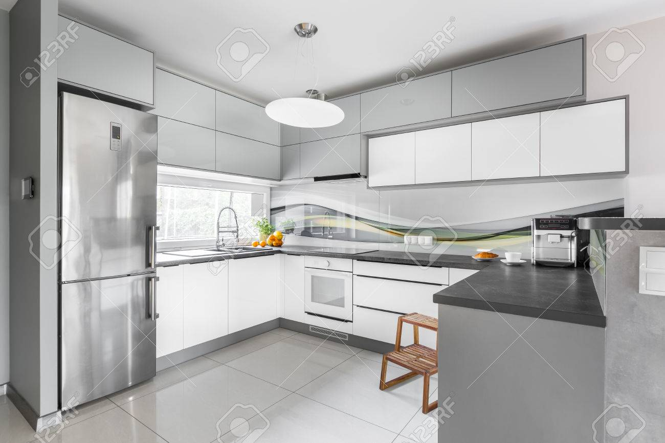 Step Met Licht : New style light kitchen interior with functional furniture silver