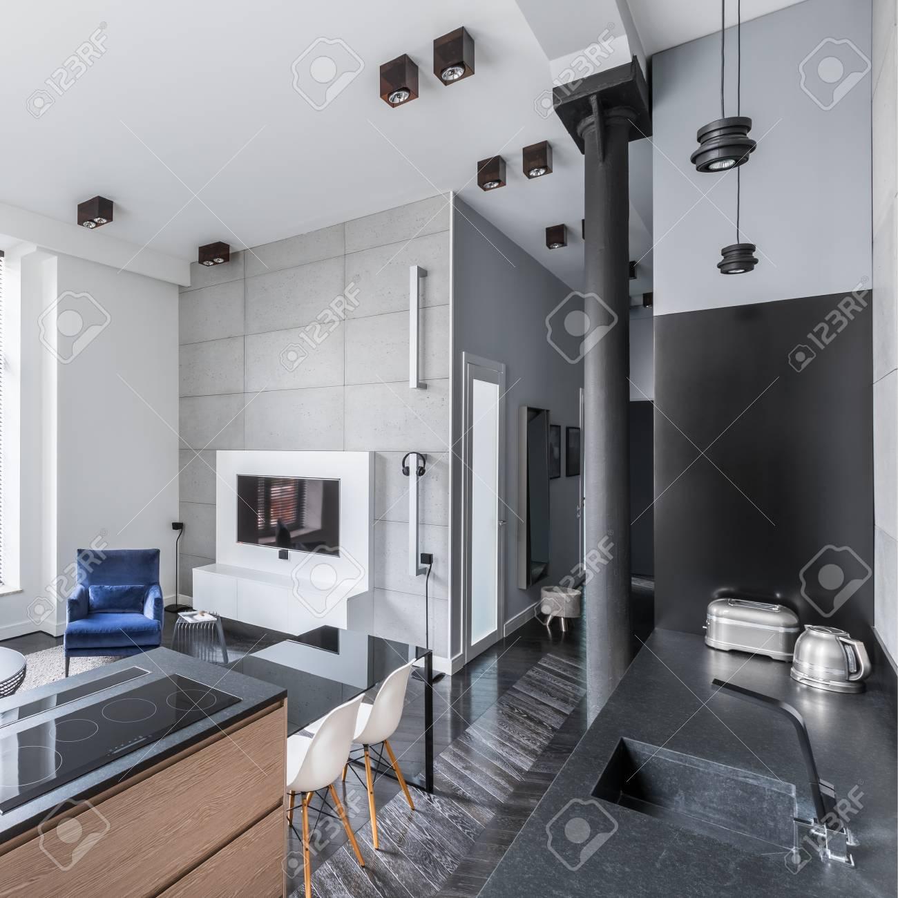 Intérieur De Maison Moderne Avec Cuisine Ouverte Sur Salon Et ...