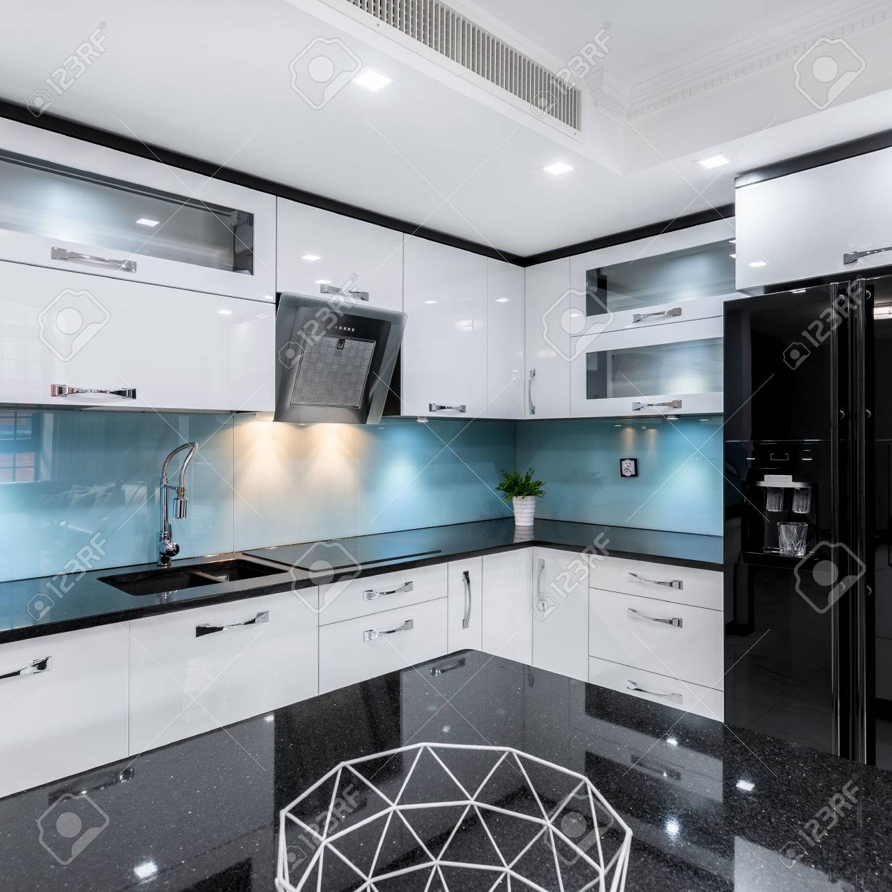 Modern, Black And White, High Gloss Kitchen With Table And ...