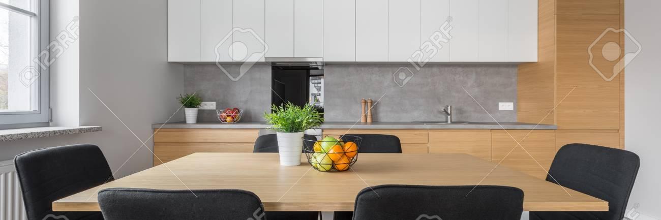 Y De Mesa Sillas Con NegrasPanorama Cocina Diseño Moderno ...