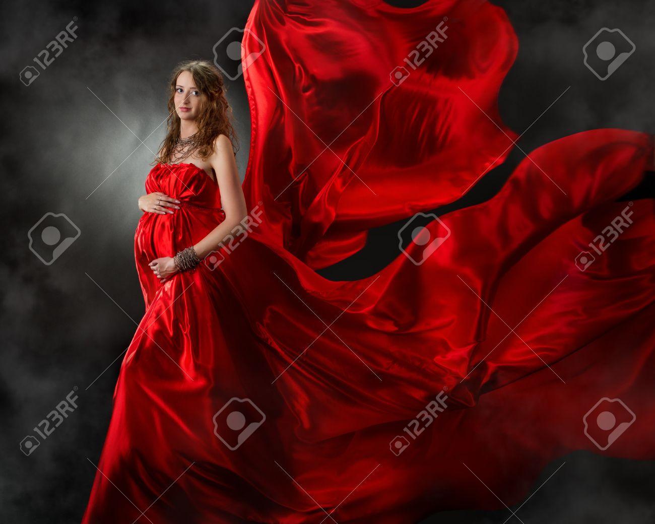 Robe de soiree rouge femme enceinte