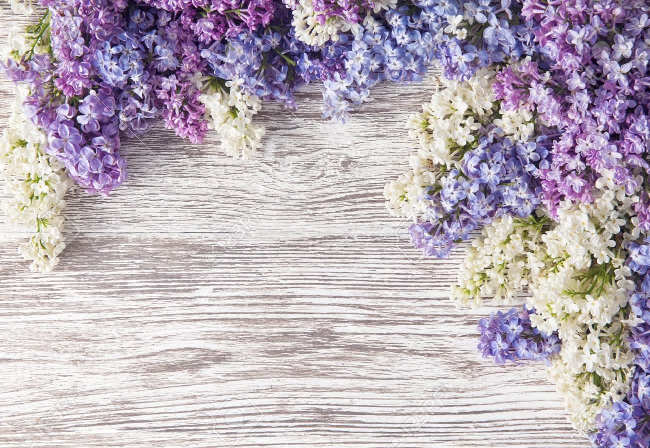 Lilac Flowers Bouquet On Wooden Plank Background, Spring Purple ...