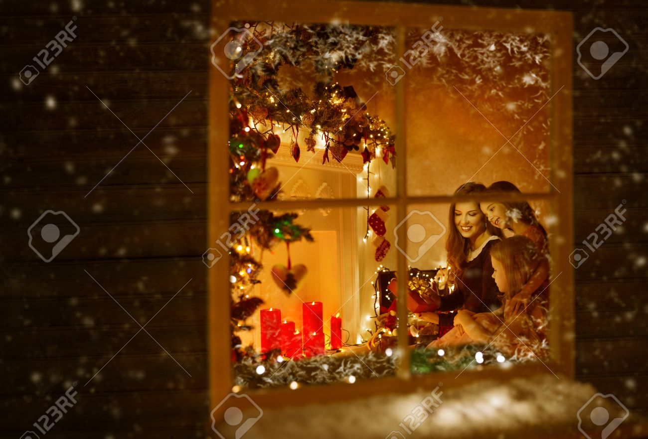 Inside house windows at night - Christmas Window Family Celebrating Holiday Winter Nre Year Night Mother And Children House