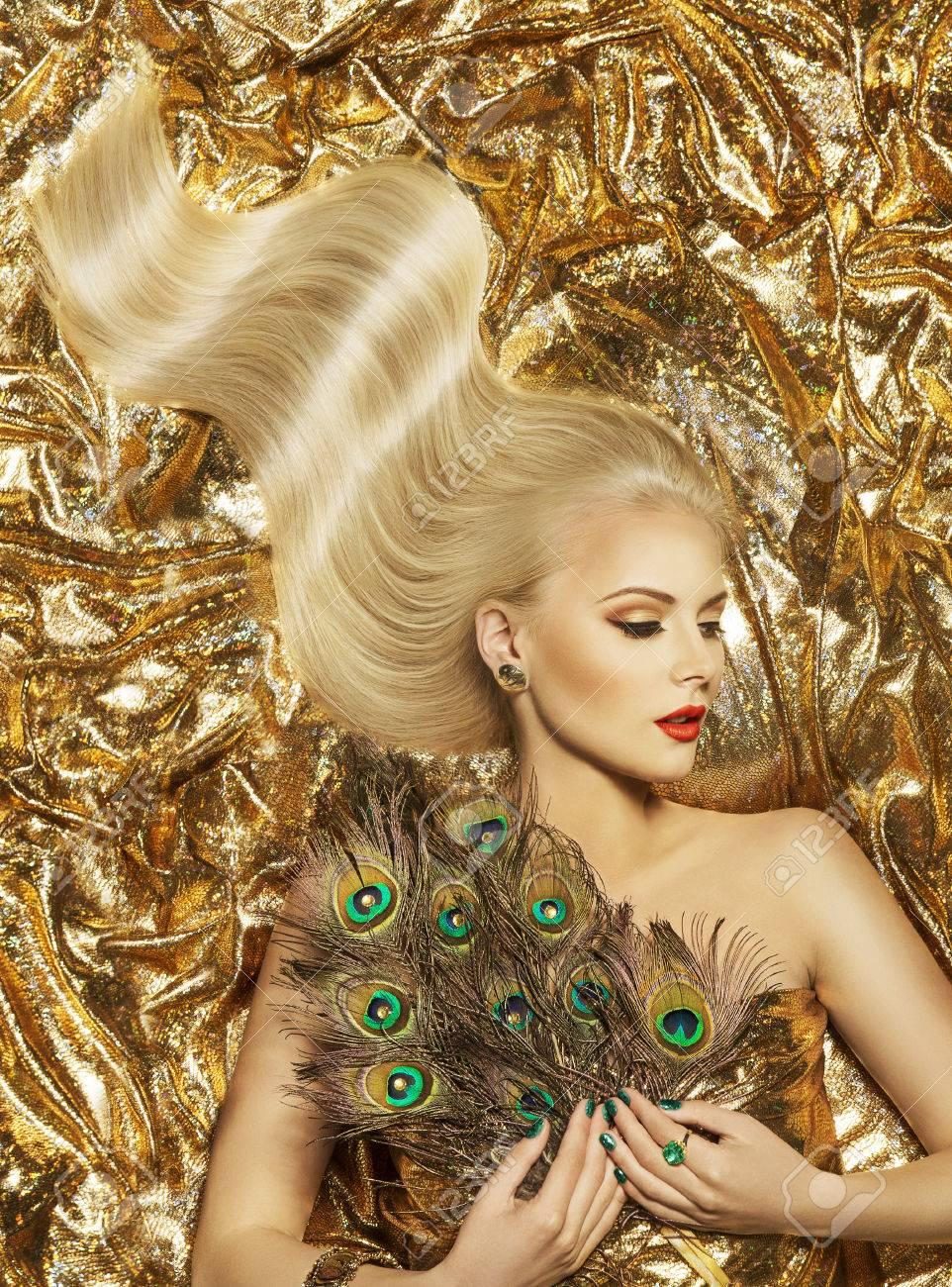 Haar Welle Mode Modell Goldene Frisur Schonheit Langes Blondes