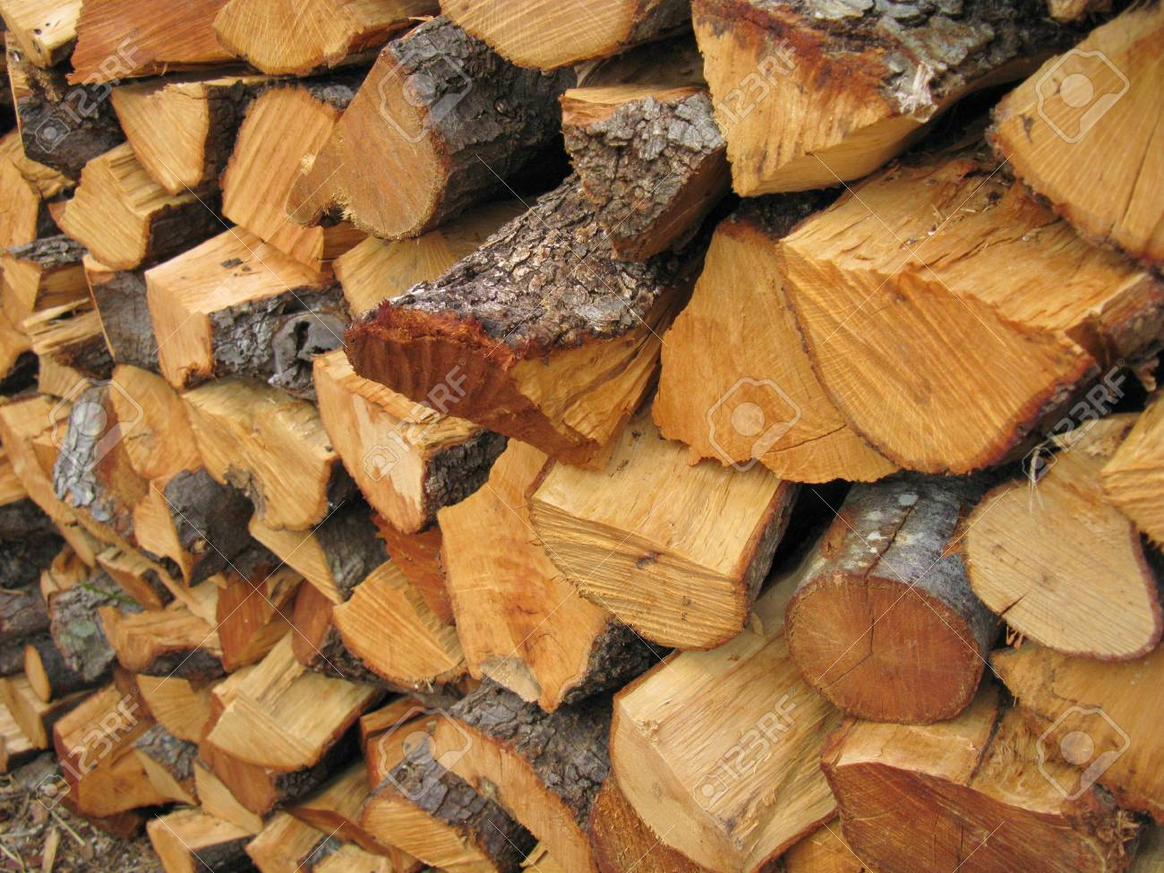 Wood for the fire place Stock Photo - 18272263