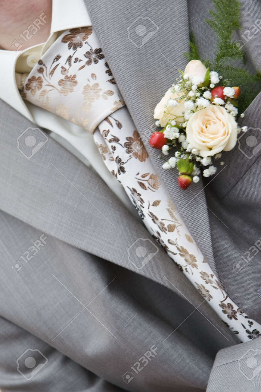 Wedding Boutonniere On Jacket of Suit of Groom Stock Photo - 3303418