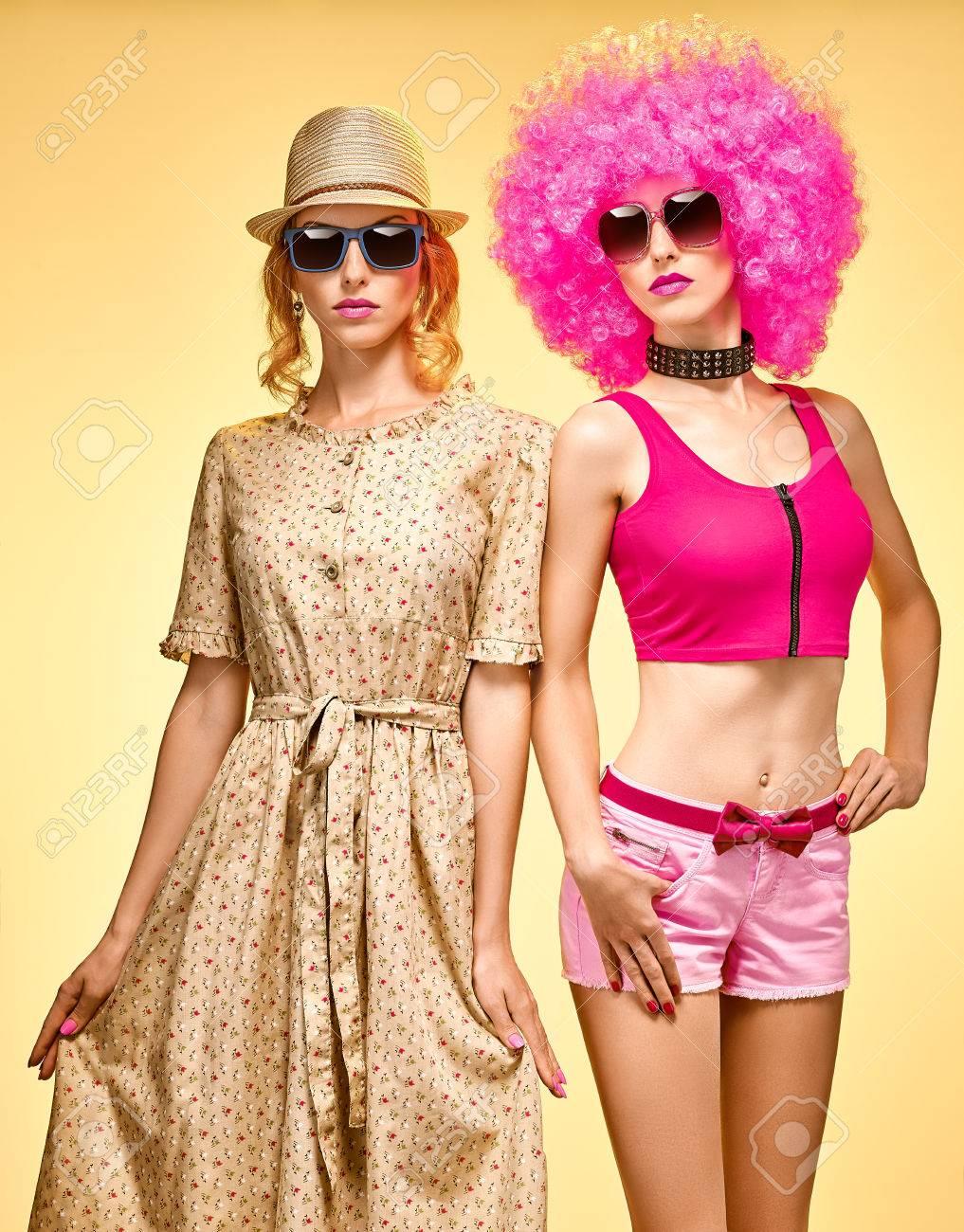 Wunderbar Wie Man Eine Party Kleiden Fotos - Brautkleider Ideen ...