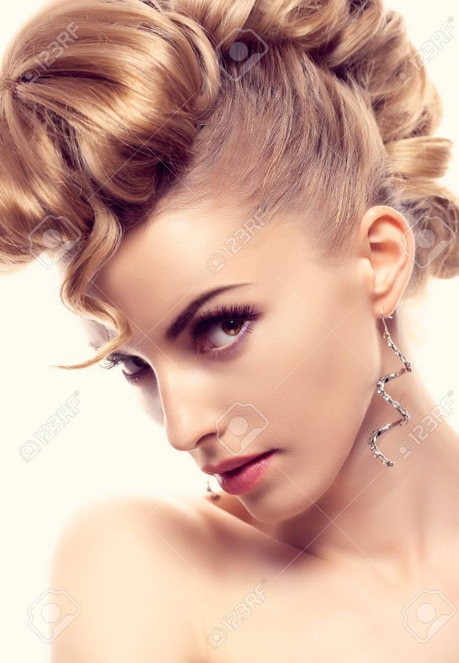 Fashion mohawk hairstyle, natural makeup. Fashion beauty woman, mohawk. Blonde nude sexy