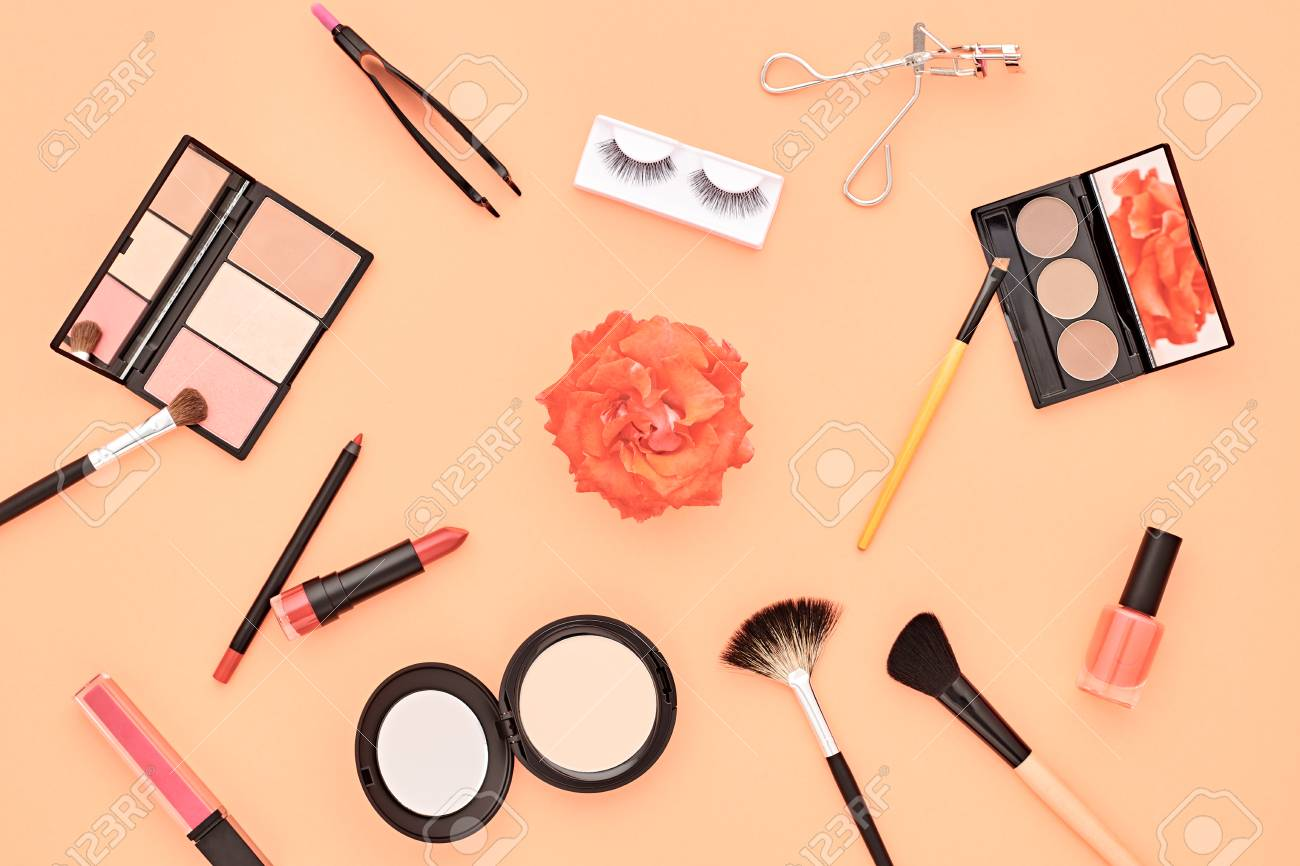 Fashion Makeup Cosmetic Femme Accessoires Beaute Set Essentiel