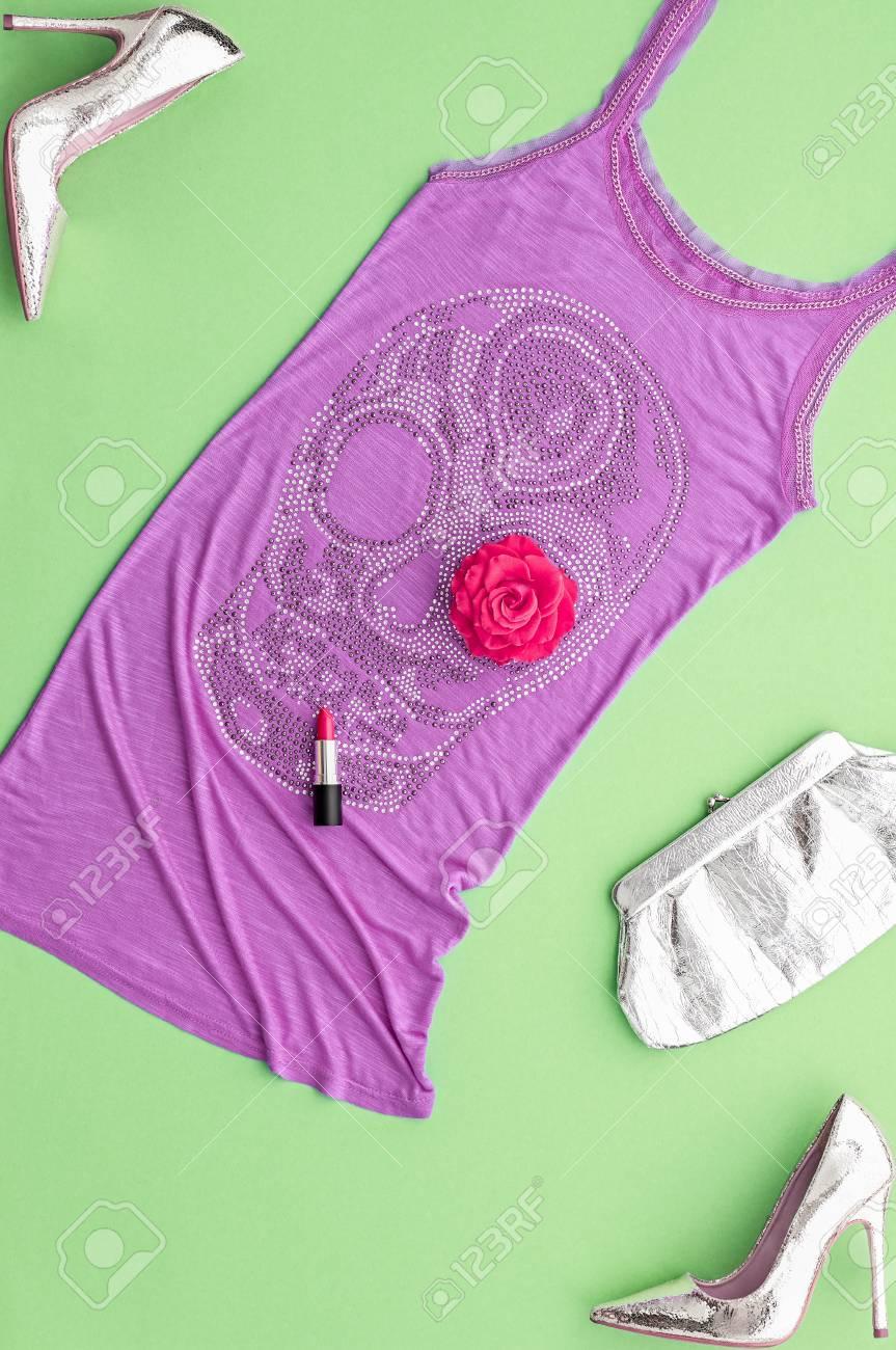 Mujer De Moda Del Vestir Set. Diseño De Moda. Equipo Del Partido ...