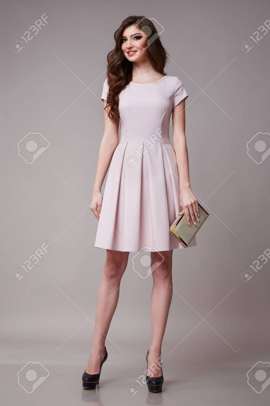 Vestidos de noche para mujeres jovenes