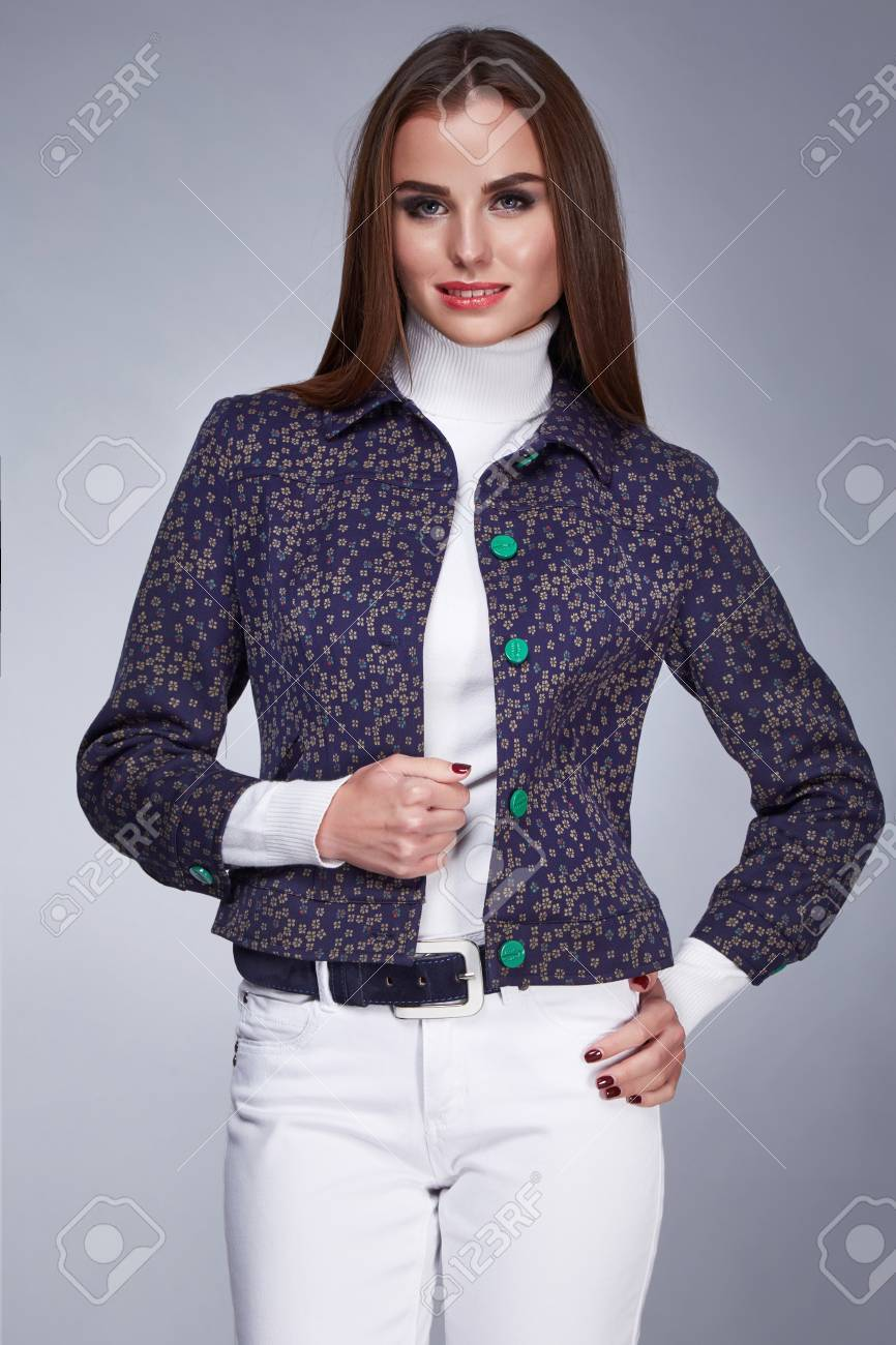 09946156b7036 Mujeres vestidas elegante sport – Vestidos de mujer