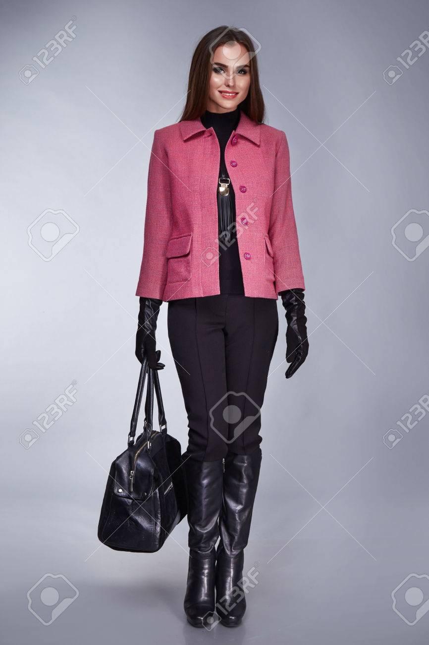 calidad real oficial lindos zapatos Ropa de sport de las mujeres de productos, de visita elegante colección  primavera verano otoño naturales sexy chica vestida con ropa de diseño con  ...