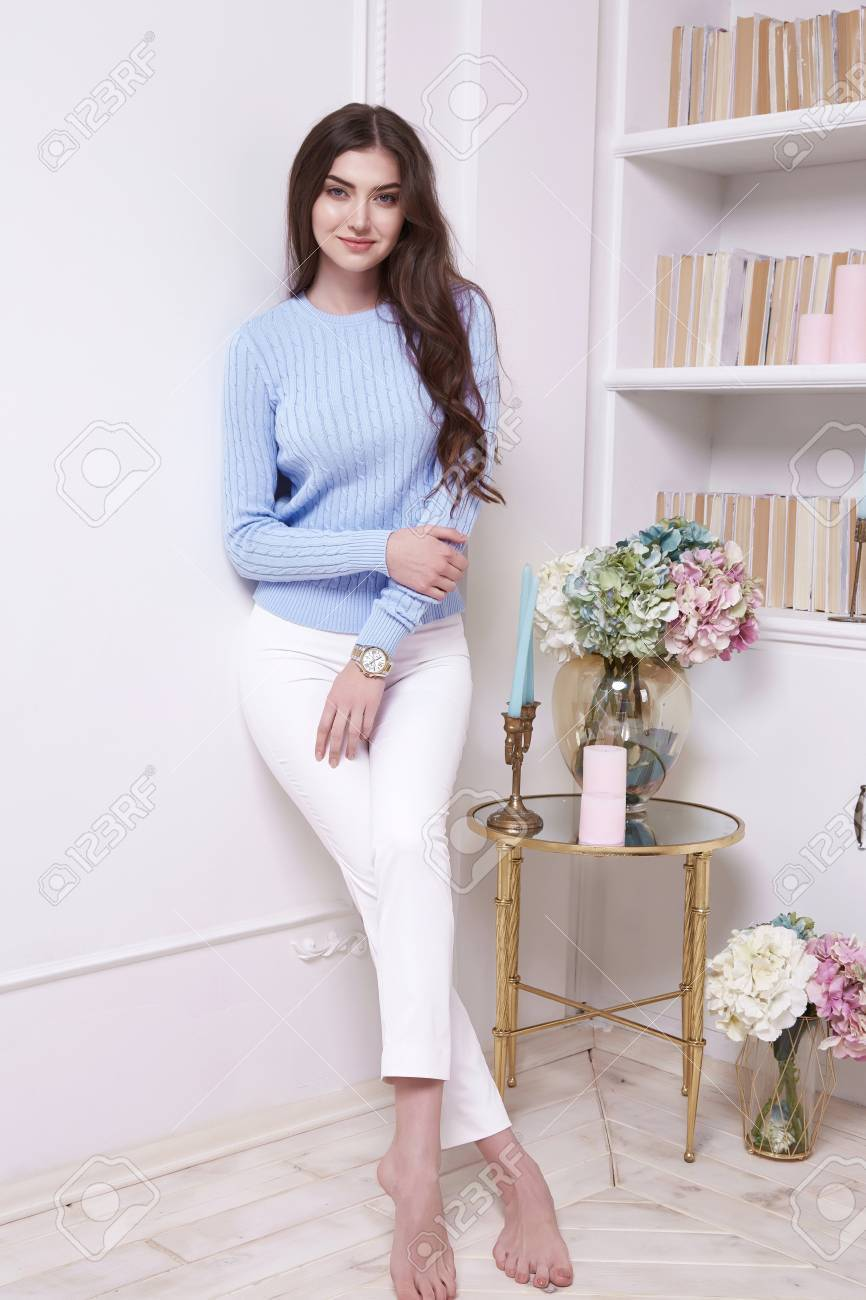 Beauty Woman Clever Smart Girl Read Book Interview In Perfect
