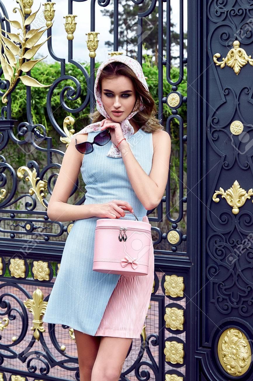 Schonheit Sexy Frau Mode Modell Glamour Stil Kleidung Beilaufiges
