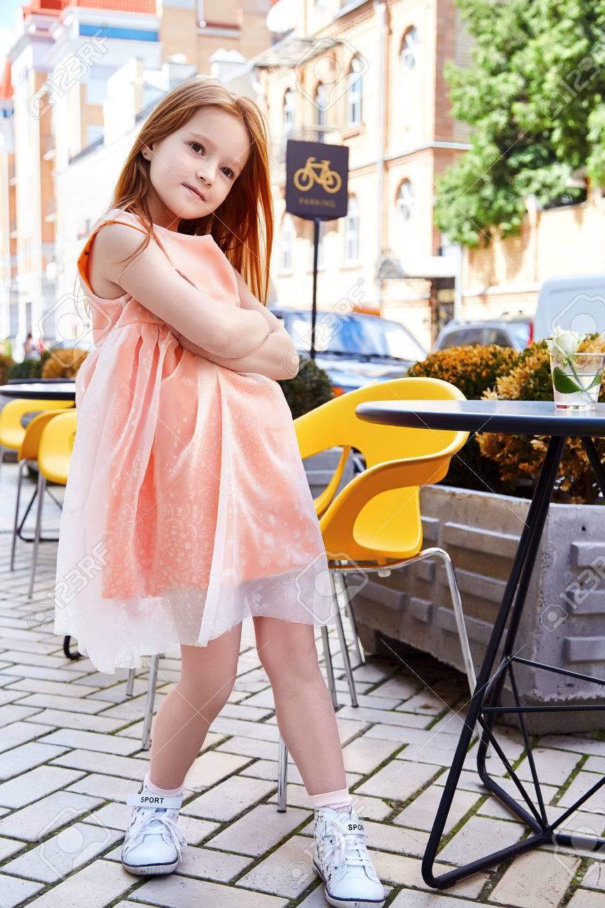 1d5f64be1226 Small Baby Girl Pretty Kid Happy Childhood Wear Fashion Dress ...