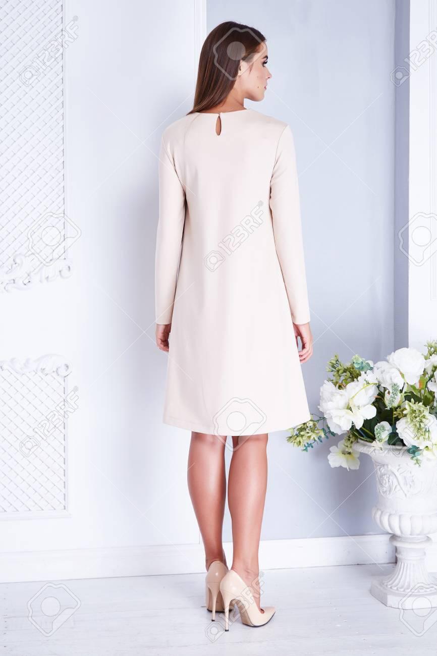 Modèle De Beauté De Mode Vêtements De Femme