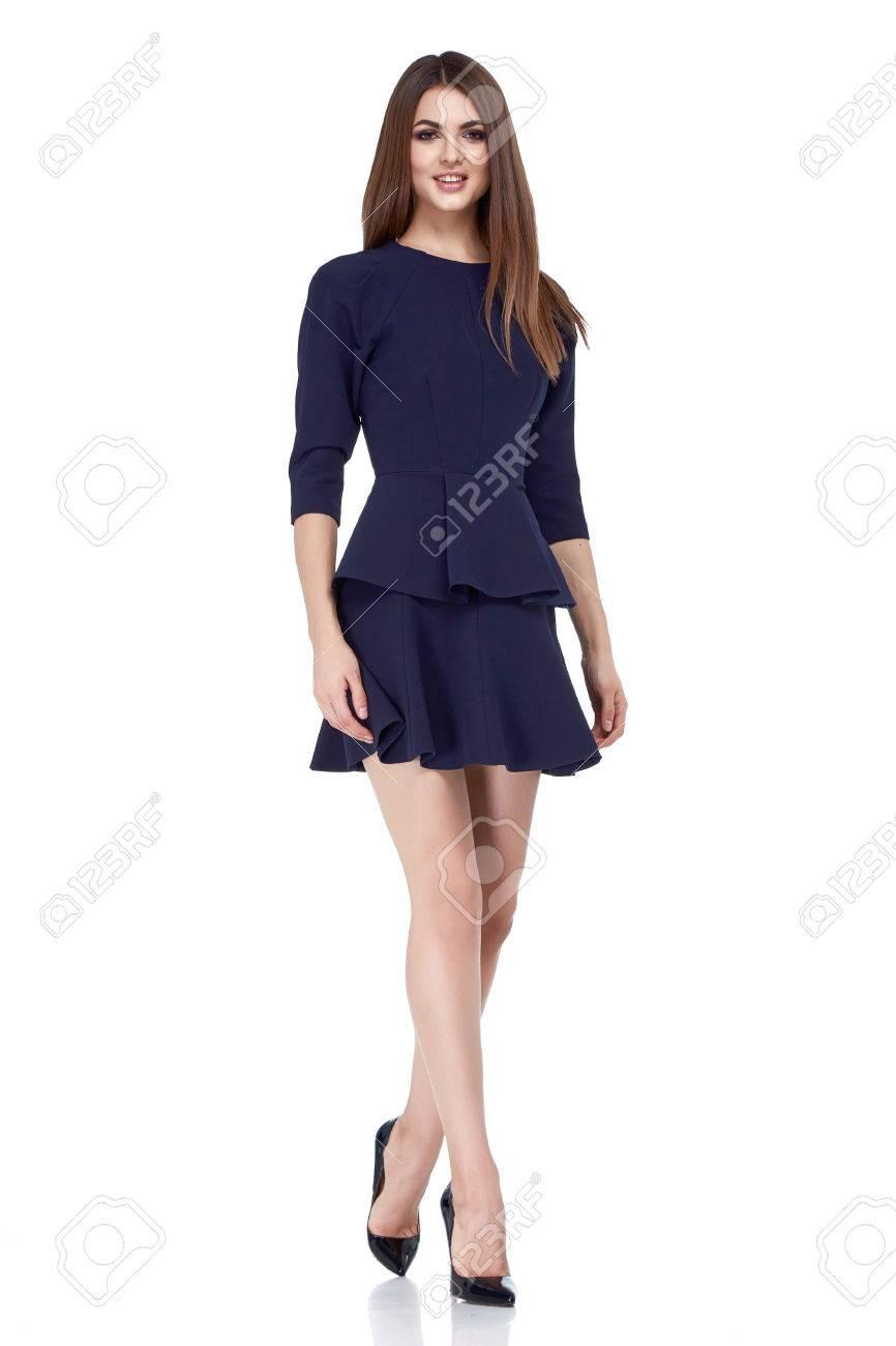 02b71d9af1a2a Mujer Morena Atractiva Colección Hermosa De La Caída Ropa De Moda Estilo De  La Oficina De Negocios De Verano Perfecta Forma Del Cuerpo Bastante  Maquillaje ...