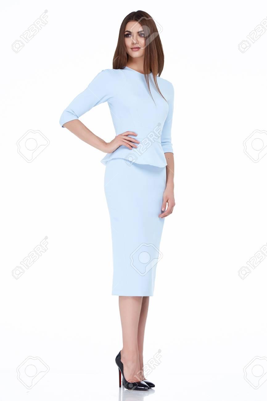 498f0fab0a2a Atractiva colección de otoño de la ropa de moda de verano mujer morena  estilo de la oficina de negocios hermosa perfecta forma del cuerpo cara  bonita ...