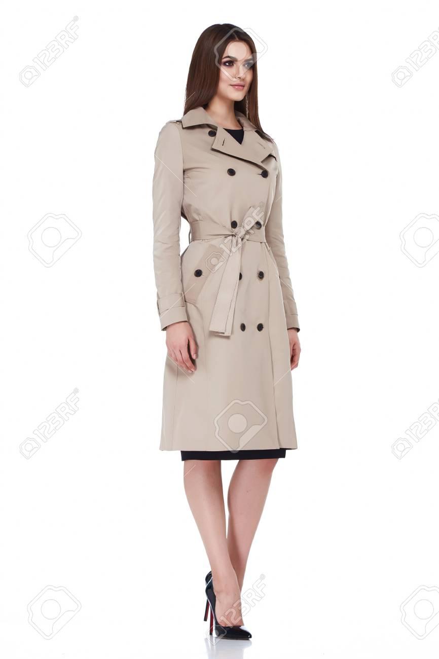fce3edb5262b1 Modelo de mujer de belleza desgaste diseño elegante estilo tendencia jpg  866x1300 Vestidos formales para oficina