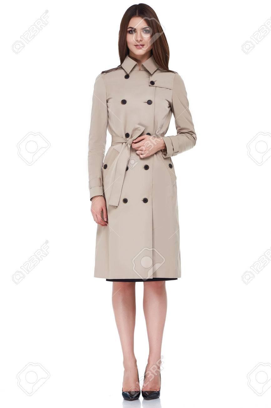 Beauty Frau Modell Tragen Stilvolle Design-Trend Kleidung Natürliche ...