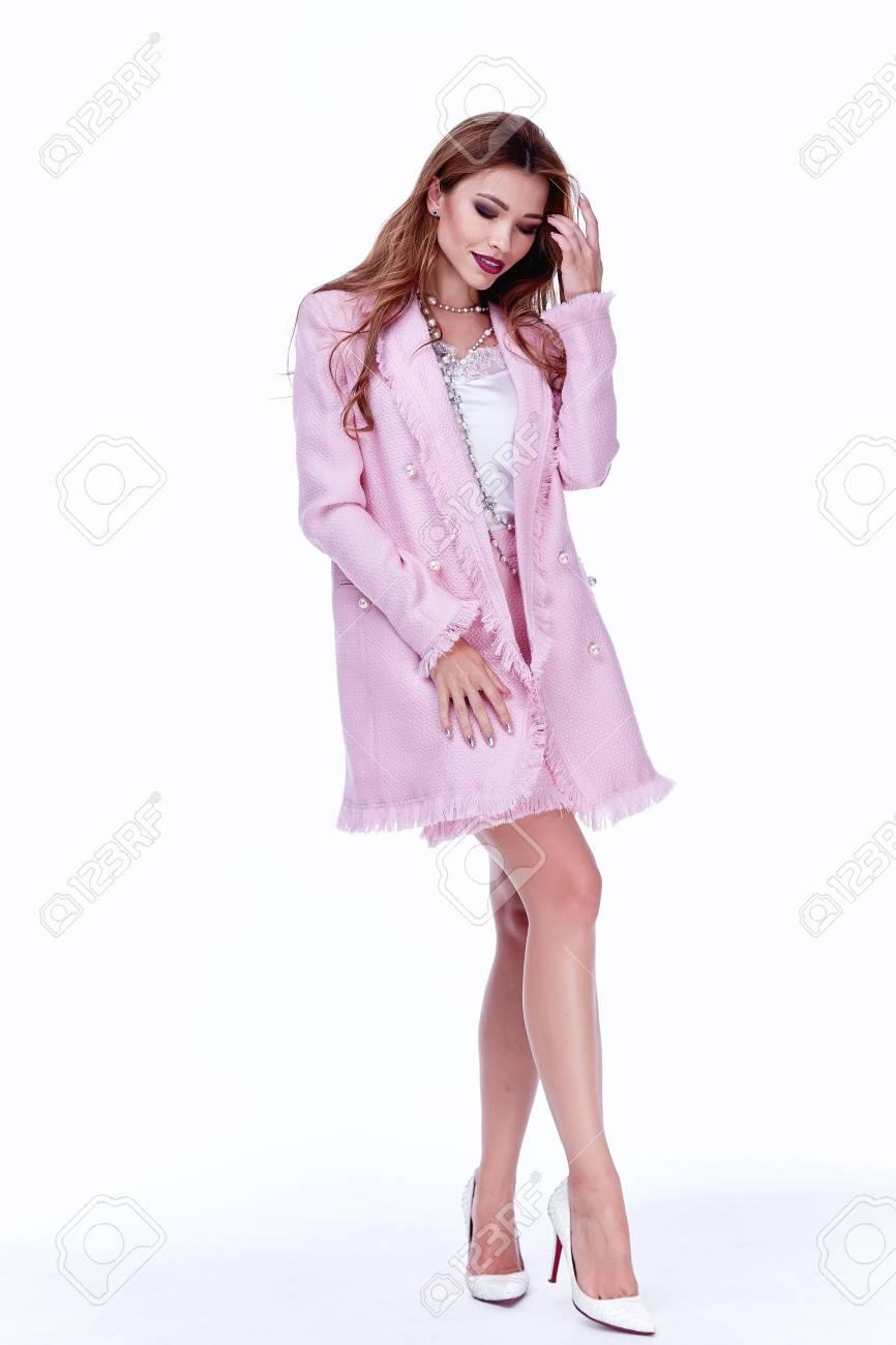Dorable Vestir Fuentes Del Partido Imágenes - Colección de Vestidos ...