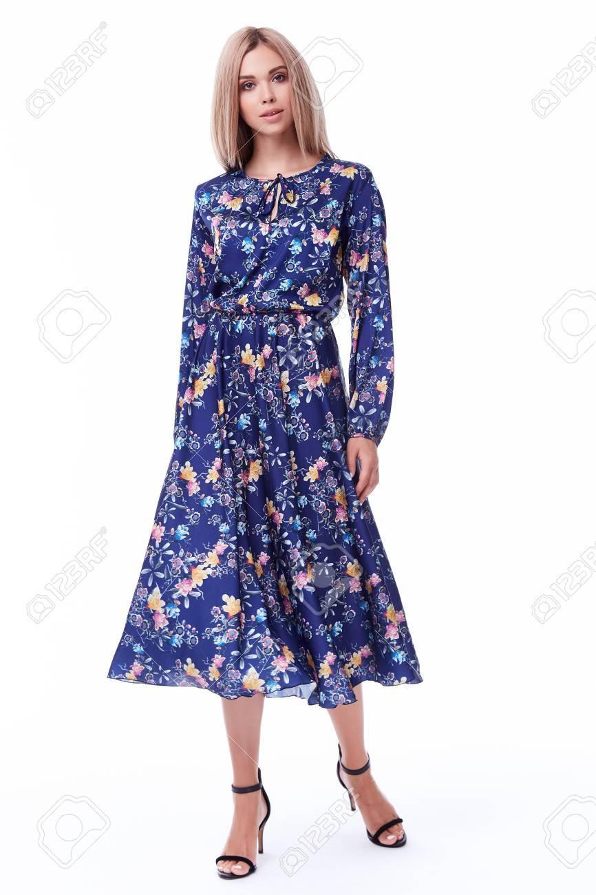 Lange kleider furs buro