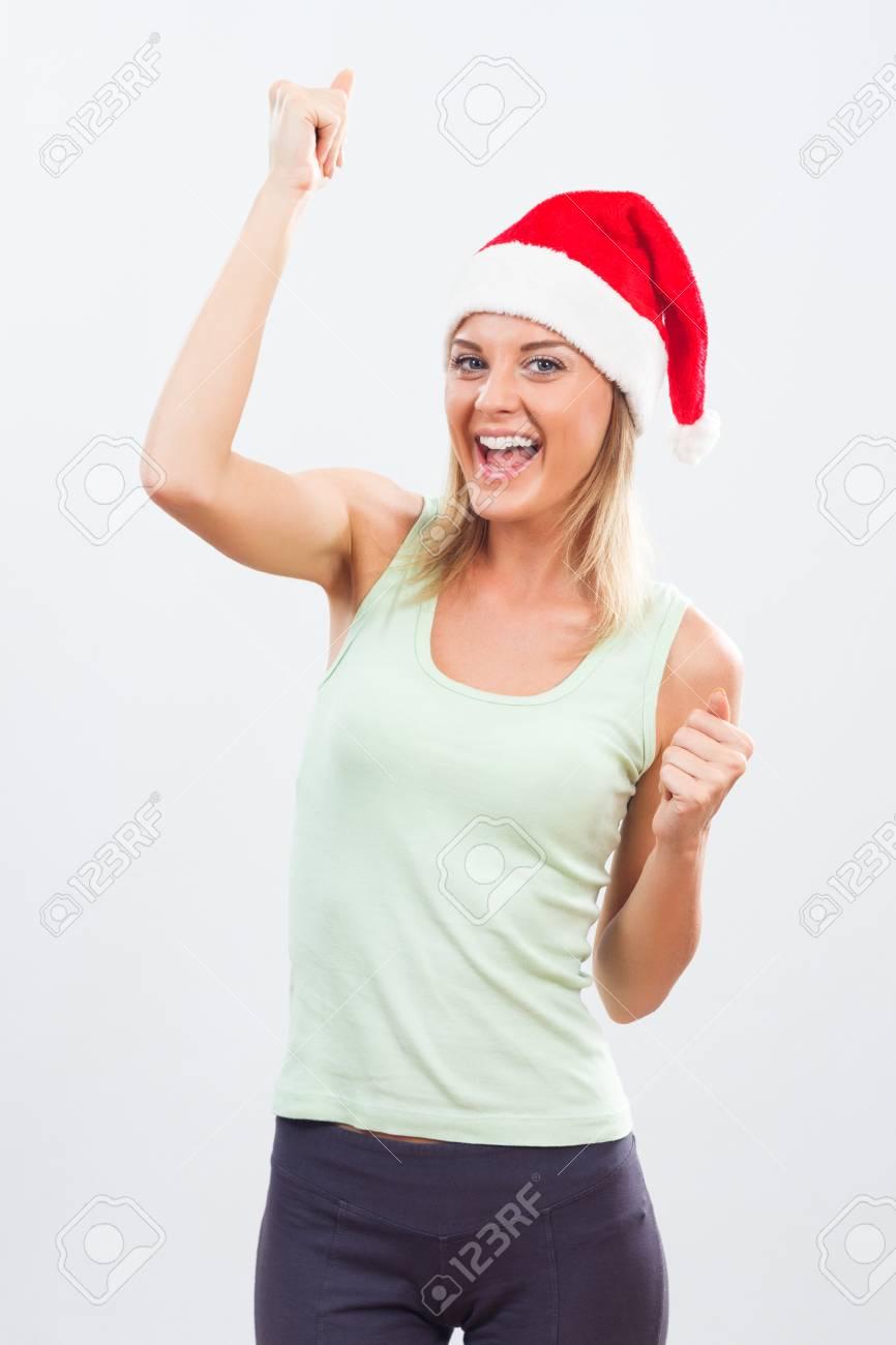 Schöne Frau wird nicht nach dem Urlaub Probleme mit ihrem Gewicht haben,  weil sie gesund trainieren und essen weiter.