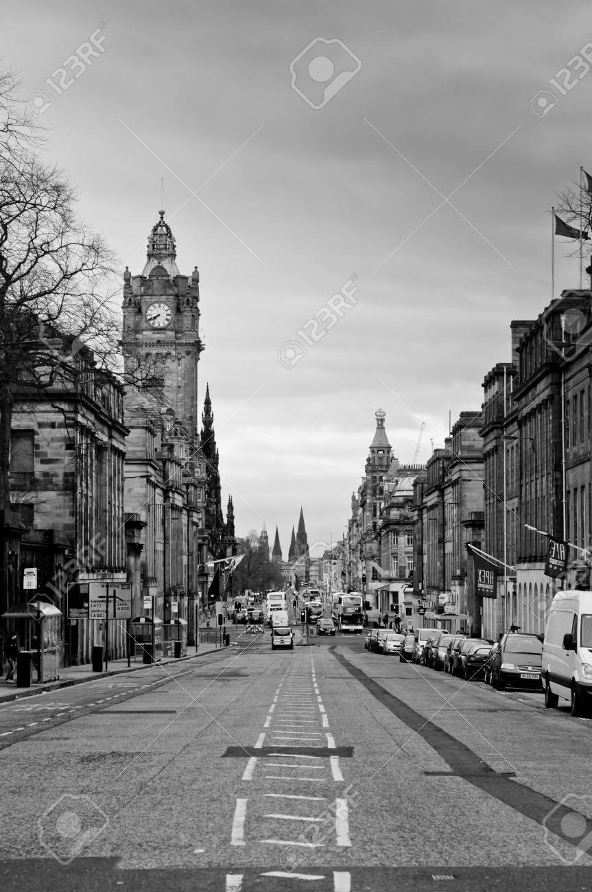 Edinburgh city, Princes Street from Waterloo place Stock Photo - 9143547