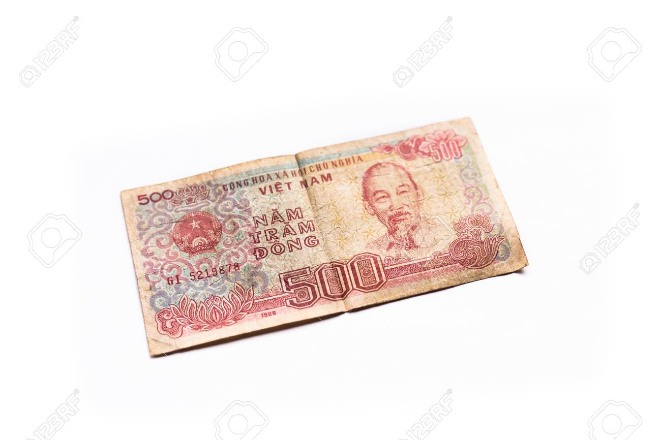 Vietnam currency 500 dong isolated on white background