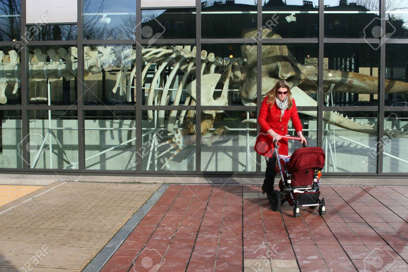 Mother and child are visiting a museum in The Hague (Holland) Stock Photo - 14140491