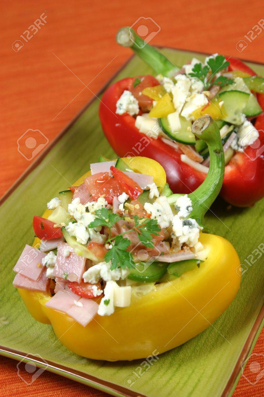 Bell peppers stuffed with vegetables, ham, edam cheese and blue vein cheese Stock Photo - 5923102