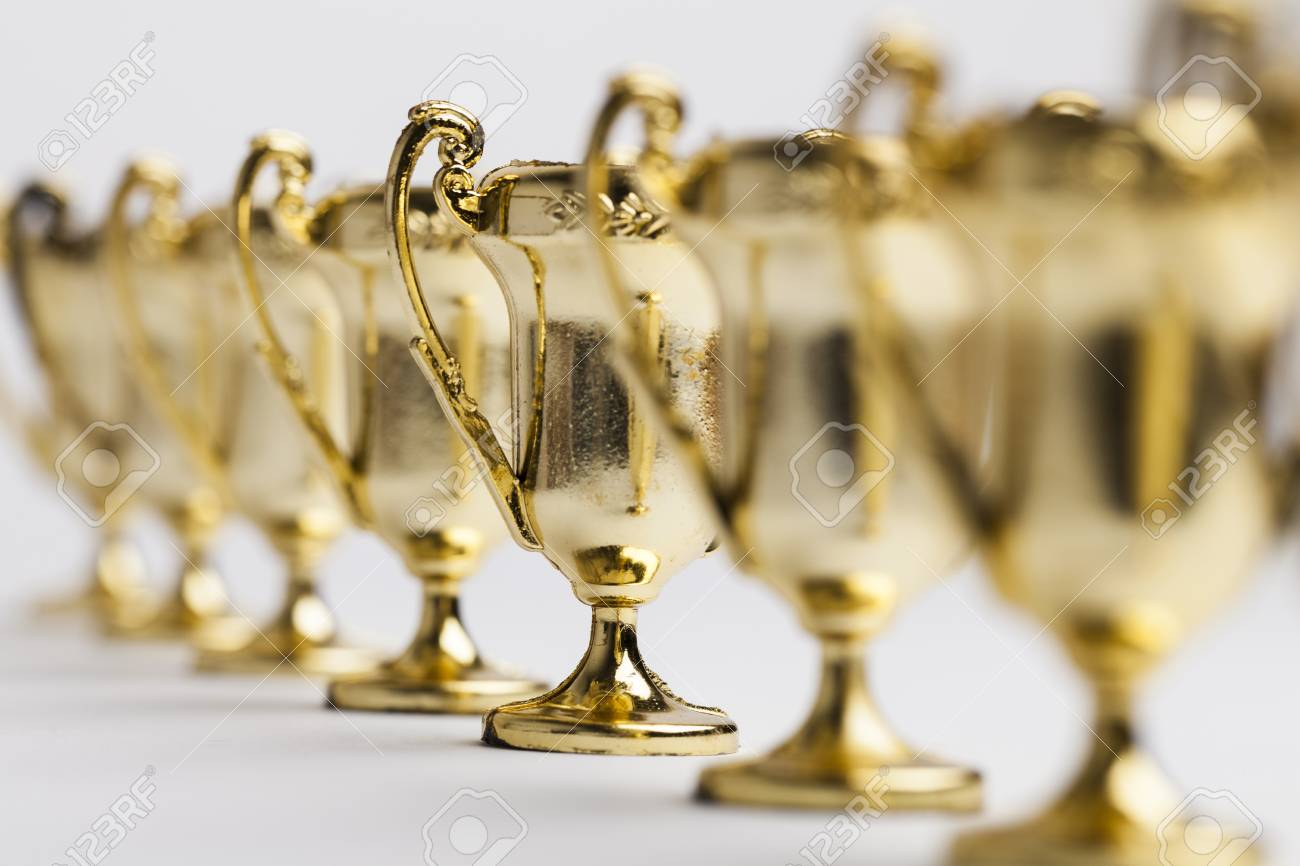 Gold winners achievement trophy background - 91707575