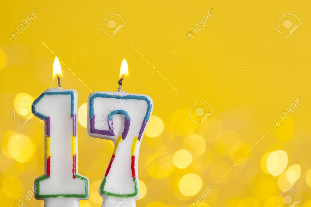 number 17 birthday candles