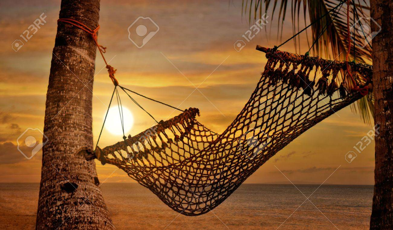 Sunset Hammock at Beach Shore Stock Photo - 4614552