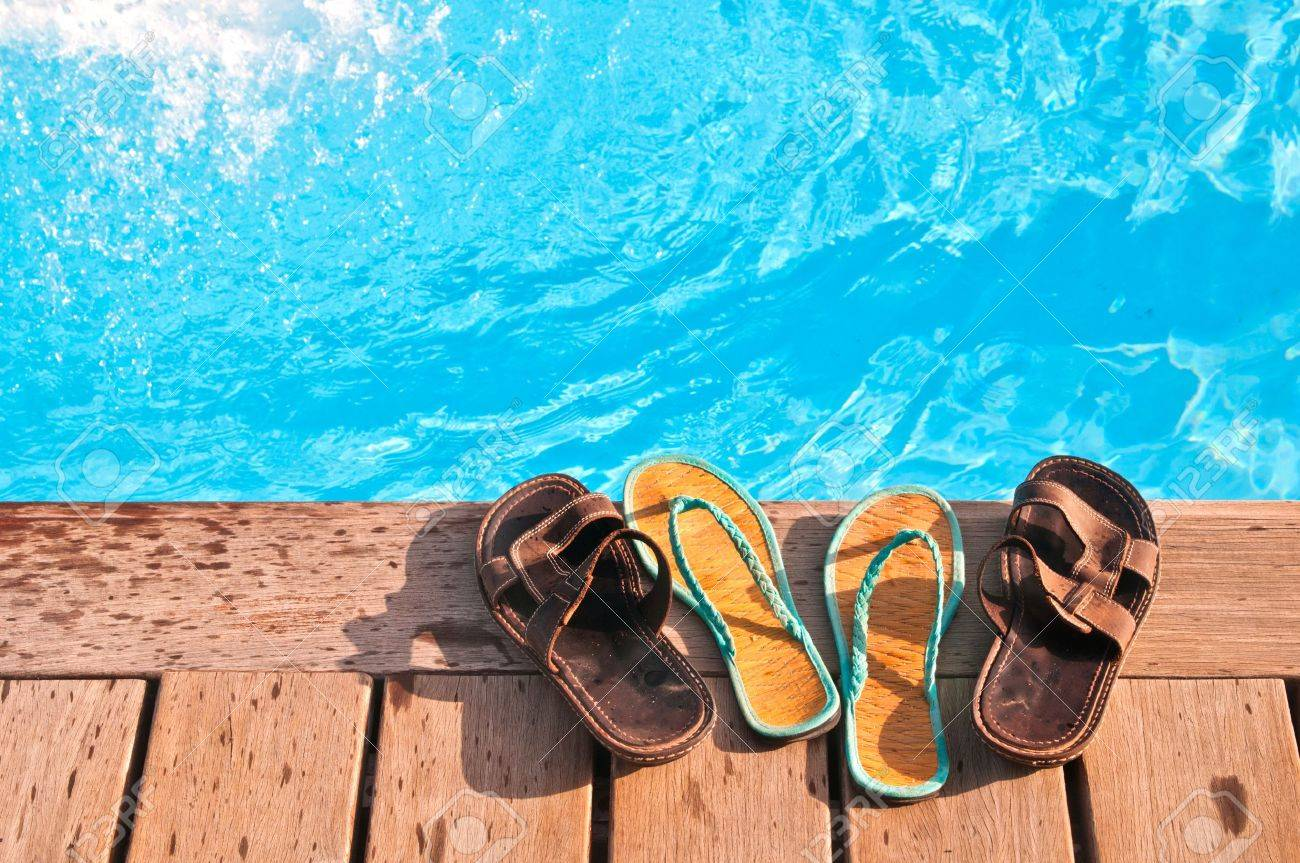 Two pairs of lip-flops Stock Photo - 11697248
