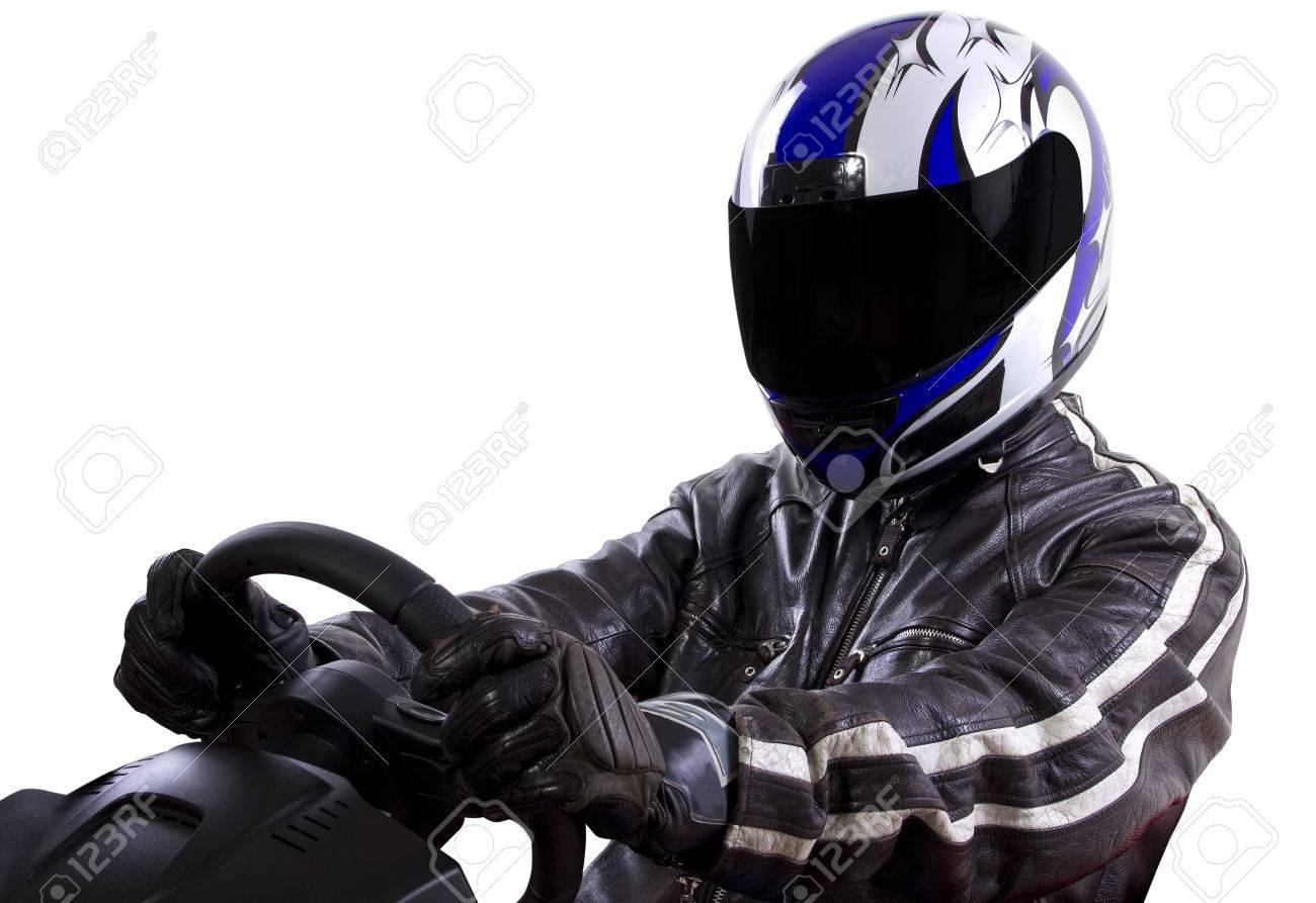 do nascar drivers wear helmets
