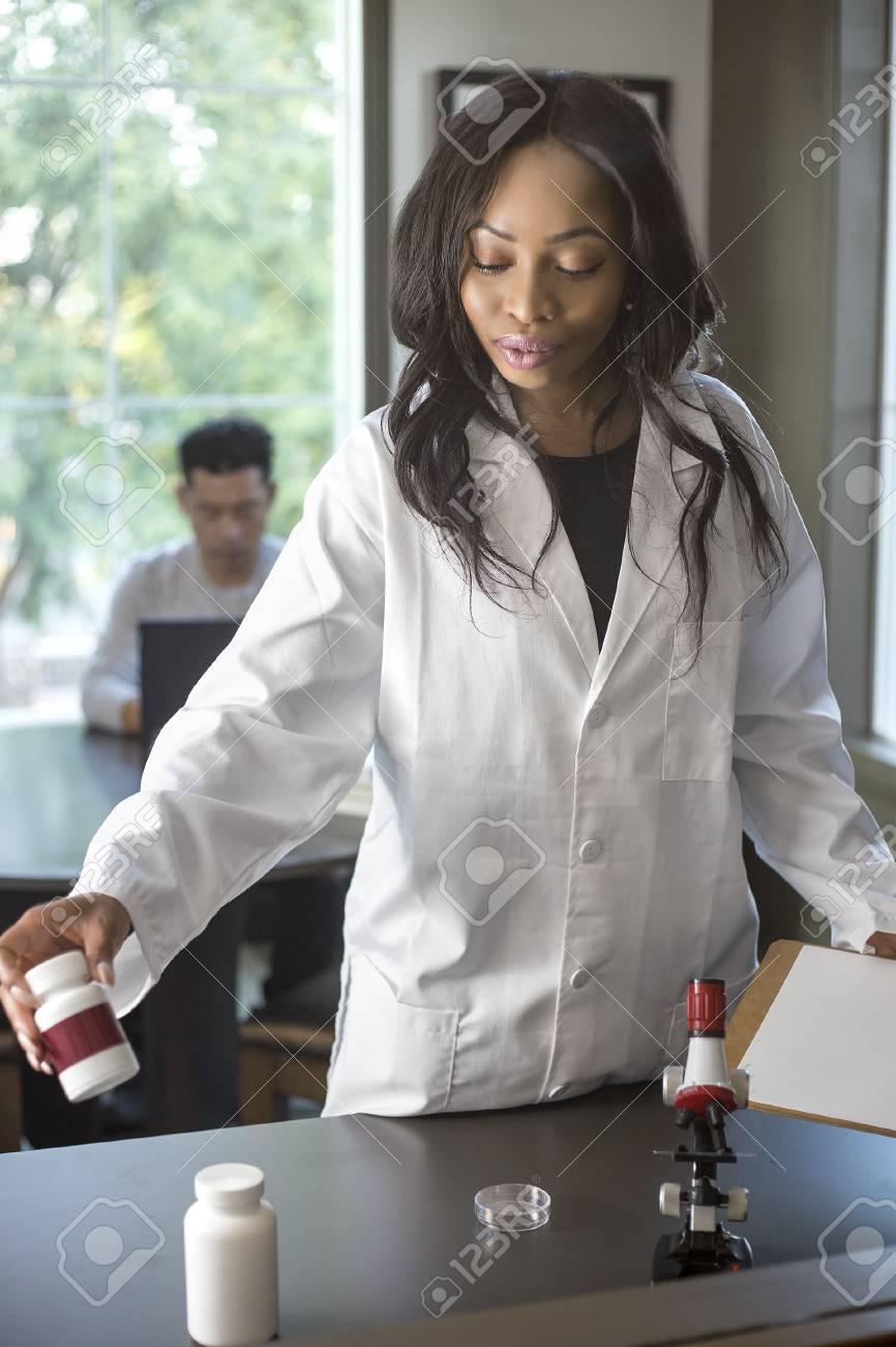 Job étudiant Femme Menage