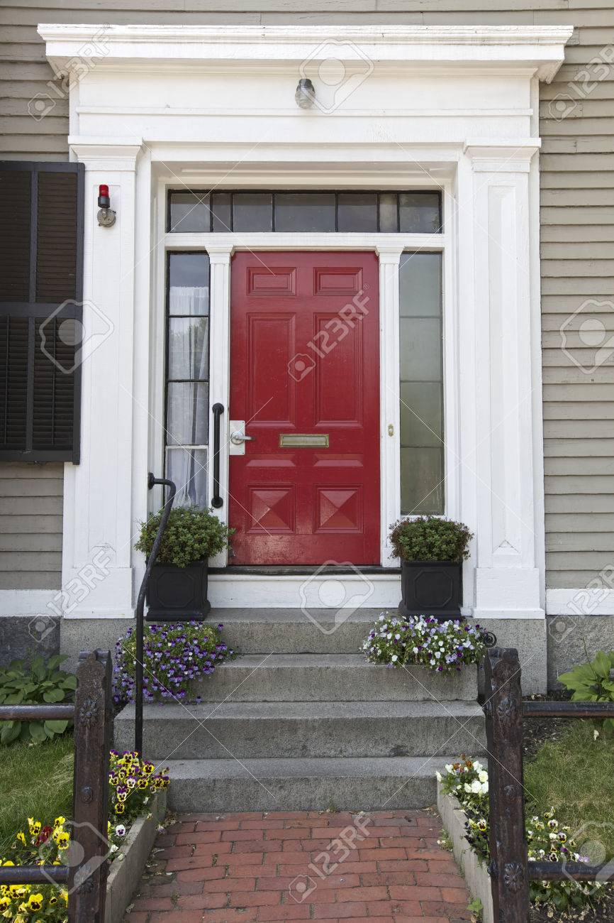 Red Door, Home In Boston, USA Stock Photo   30746476