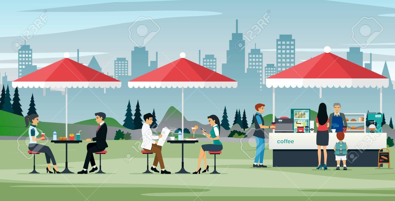 Male and female workers eating at an outdoor cafe - 131820654