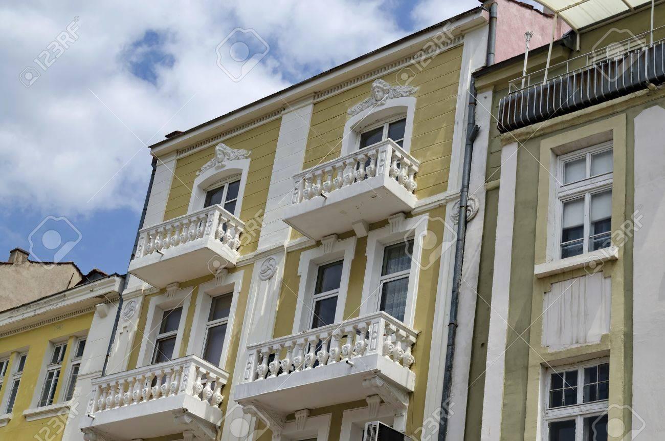 Altes Haus Renovieren. Awesome Ein Altes Haus Wird Renoviert Und ...
