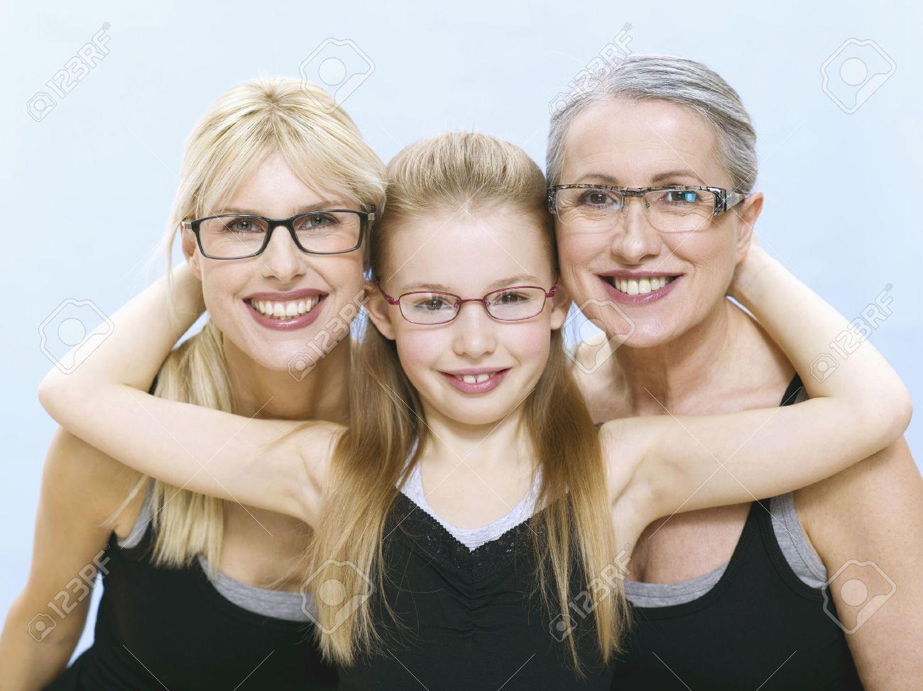 Дочь в очках 8 фотография