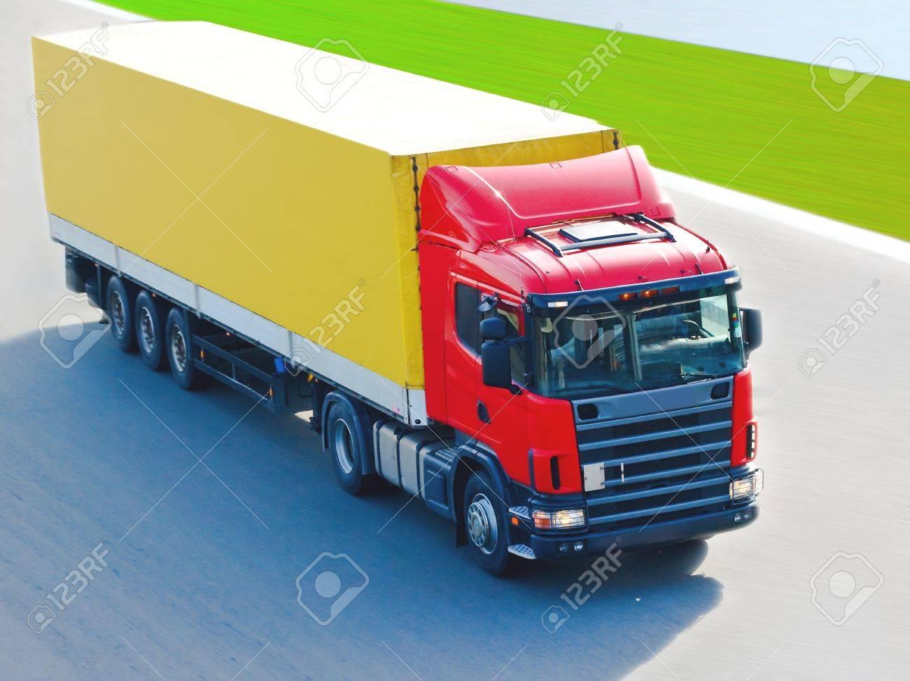 cargo transport Stock Photo - 10069568
