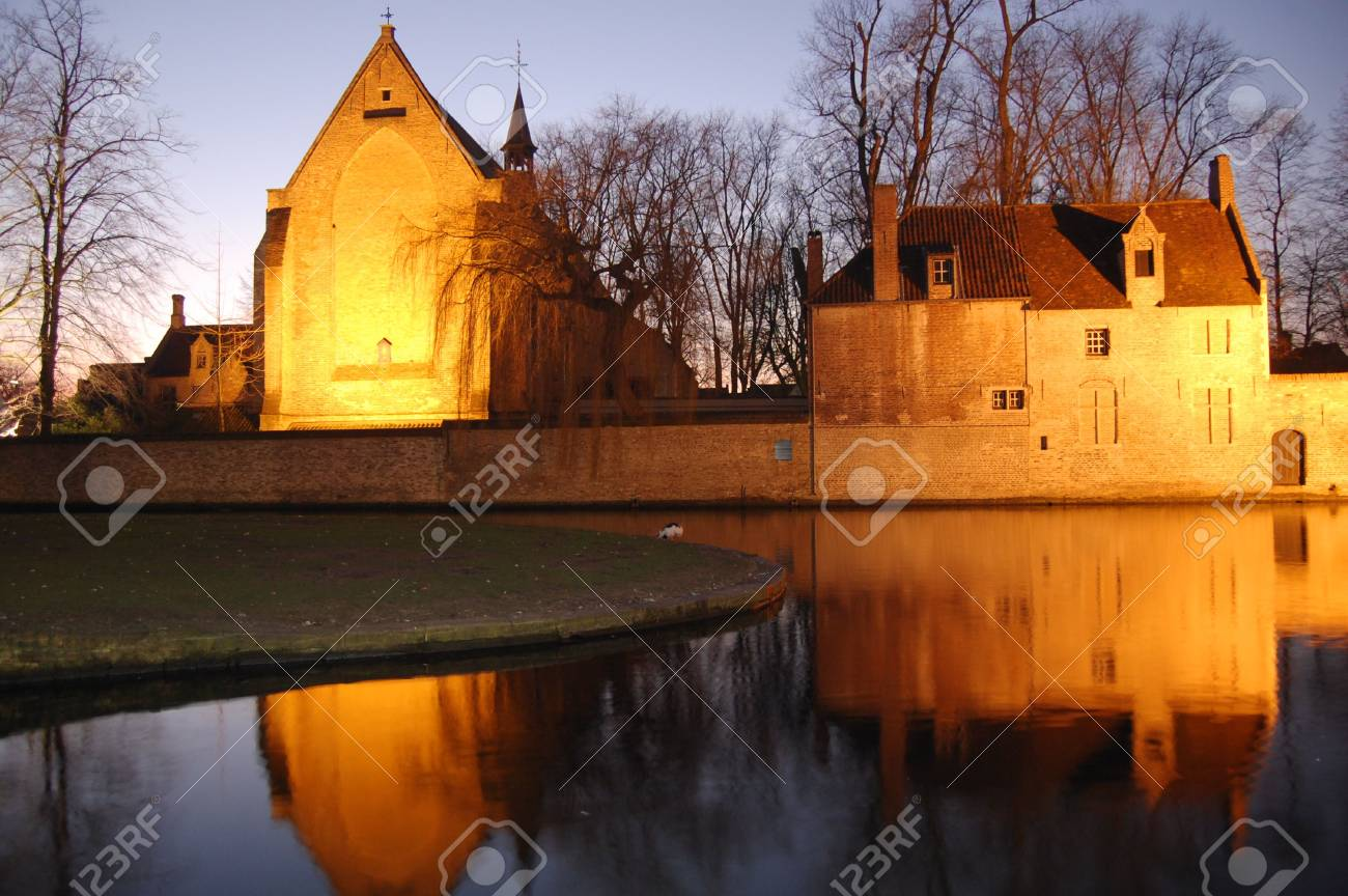 old buildings reflexions, brugge, belgium Stock Photo - 4109213